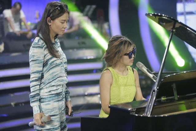 Vietnam Idol: Thu Minh và Hoàng Quyên sẽ trình làng ca khúc mới toanh - Ảnh 1.