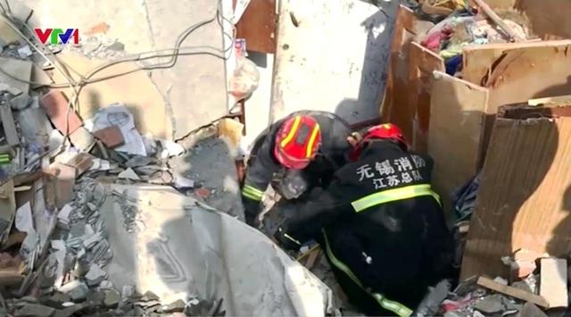 Nổ gas tại khu chung cư ở Trung Quốc, ít nhất 10 người thương vong - Ảnh 2.
