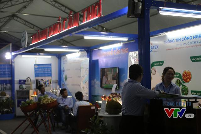 Tưng bừng khai mạc Chợ công nghệ và thiết bị Hà Nội năm 2016 - Ảnh 8.