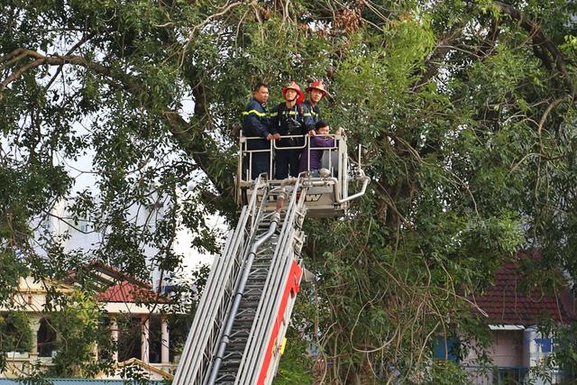 Đài Truyền hình Việt Nam diễn tập phòng cháy chữa cháy - Ảnh 8.