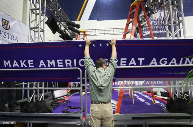 Hai ứng viên Tổng thống Mỹ chuẩn bị tranh luận trực tiếp - Ảnh 6.