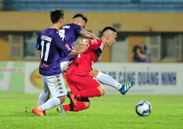 Nghiêm Xuân Tú chia tay AFF Cup 2016 - Ảnh 1.