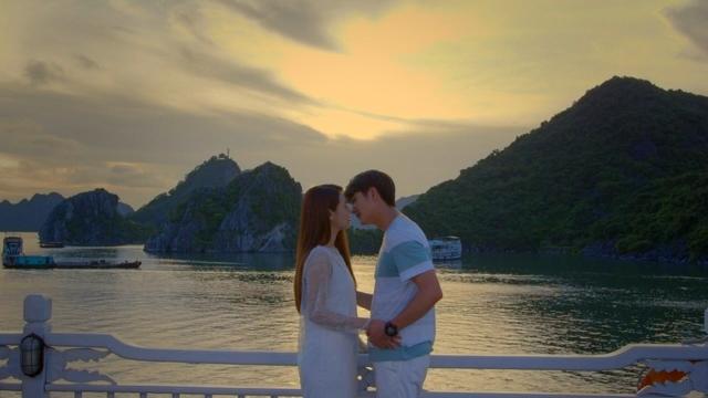 Tuổi thanh xuân 2 - Tập 1: Linh (Nhã Phương) và Junsu (Kang Tae Oh) tận hưởng giây phút ngọt ngào - Ảnh 2.