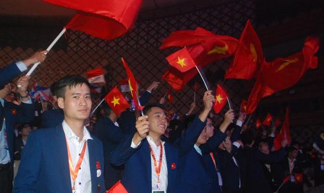 Lễ khai mạc Kỳ thi tay nghề ASEAN lần thứ XI ấn tượng và đặc sắc - Ảnh 2.