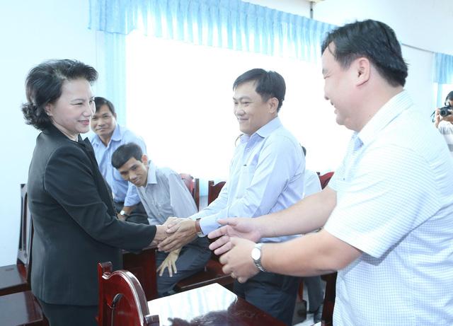 Chủ tịch Quốc hội tiếp xúc cử tri thành phố Cần Thơ - Ảnh 1.