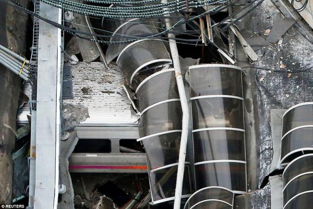 Tai nạn tàu hỏa tại Mỹ: 3 người vẫn nguy kịch - Ảnh 4.