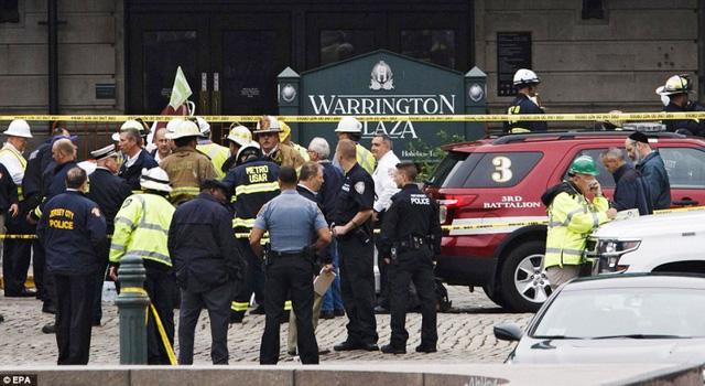Tai nạn tàu hỏa tại Mỹ: 3 người vẫn nguy kịch - Ảnh 10.
