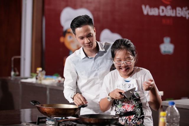 Vua đầu bếp nhí tràn ngập nụ cười hồn nhiên của các tài năng nhỏ tuổi - Ảnh 12.