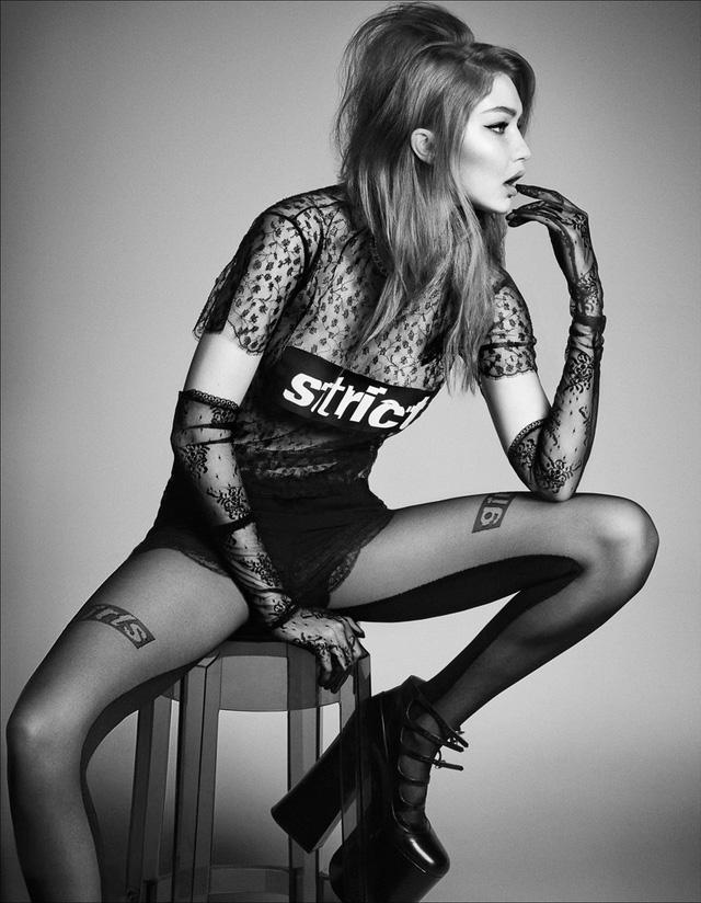 Gigi Hadid lột xác bí ẩn với thiết kế ren trên tạp chí Nhật - Ảnh 1.