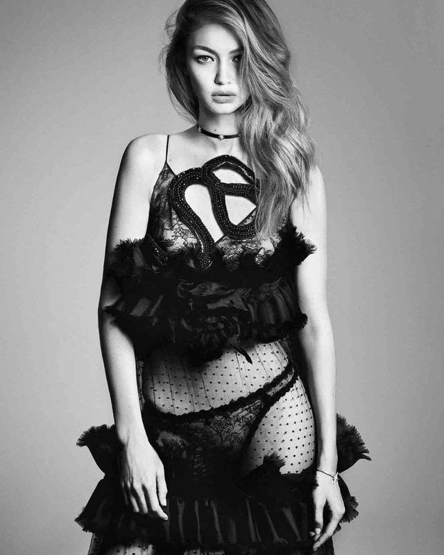 Gigi Hadid lột xác bí ẩn với thiết kế ren trên tạp chí Nhật - Ảnh 2.
