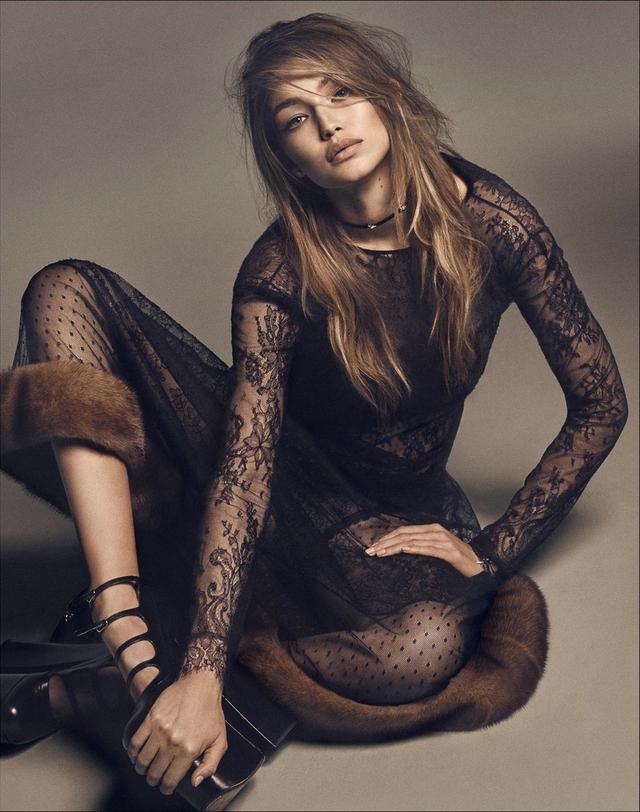Gigi Hadid lột xác bí ẩn với thiết kế ren trên tạp chí Nhật - Ảnh 5.