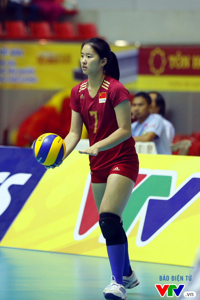 Cận cảnh nhan sắc của tiểu Lưu Diệc Phi ở ĐT trẻ Trung Quốc tại VTV Cup 2016 - Tôn Hoa Sen - Ảnh 10.