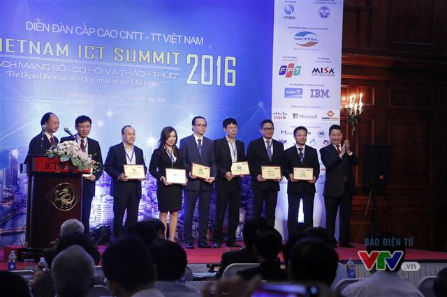Vietnam ICT Summit 2016: Cơ hội và thách thức từ Cách mạng số - Ảnh 2.