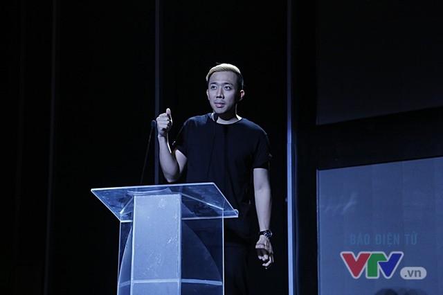 Xạ thủ Hoàng Xuân Vinh gây bão tại VTV Awards 2016 - Ảnh 6.