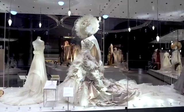 Trang phục cưới xuất hiện từ khi nào? - Ảnh 1.
