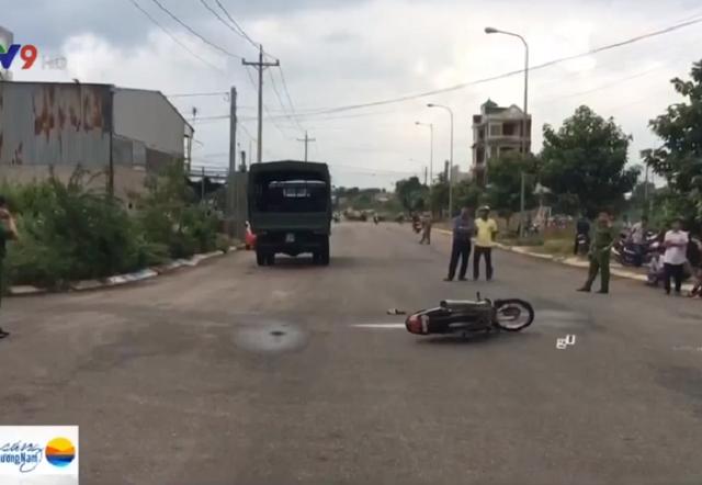 Bình Thuận: Xe máy va chạm xe tải, 1 người thiệt mạng - Ảnh 1.
