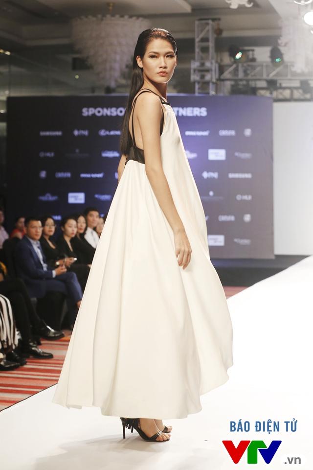 Ngọc Châu mở màn Tuần lễ thời trang quốc tế Việt Nam Thu - Đông 2016 - Ảnh 10.