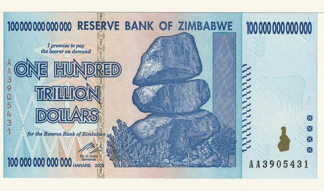 100 nghìn tỷ dollar Zimbabwe mua được... vài ổ bánh mỳ - Ảnh 1.