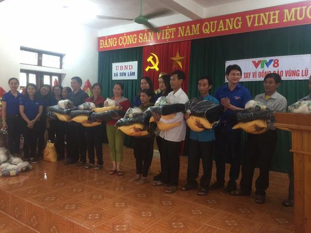 Đoàn thanh niên VTV8 với chiến dịch Chung tay vì đồng bào miền Trung - Ảnh 3.