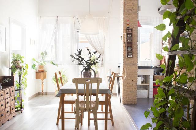 Không gian sống của cặp đôi trong căn hộ ngập tràn ánh sáng - Ảnh 1.