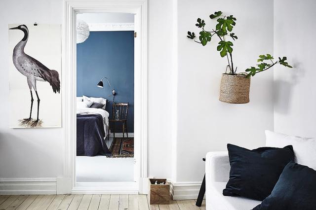 Trang trí tường nhà vừa ấn tượng vừa tiện dụng trong không gian nhỏ - Ảnh 4.