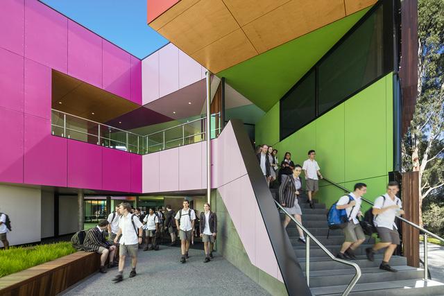 Ấn tượng ngôi trường với không gian ngập tràn sắc màu - Ảnh 3.