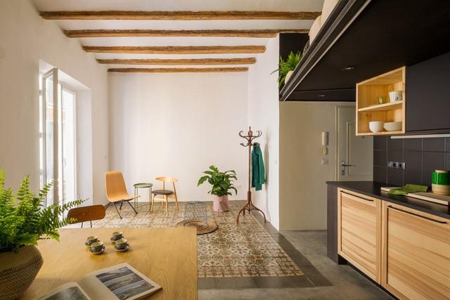 Ngôi nhà 45 m2 ấm áp với sắc màu của gỗ và cây cỏ - Ảnh 1.