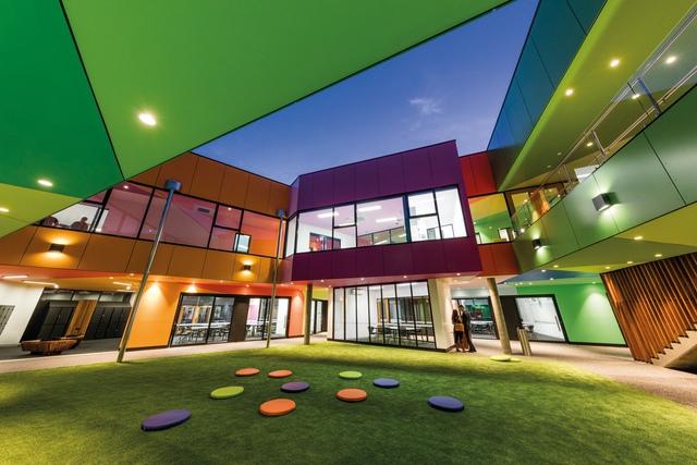 Ấn tượng ngôi trường với không gian ngập tràn sắc màu - Ảnh 9.