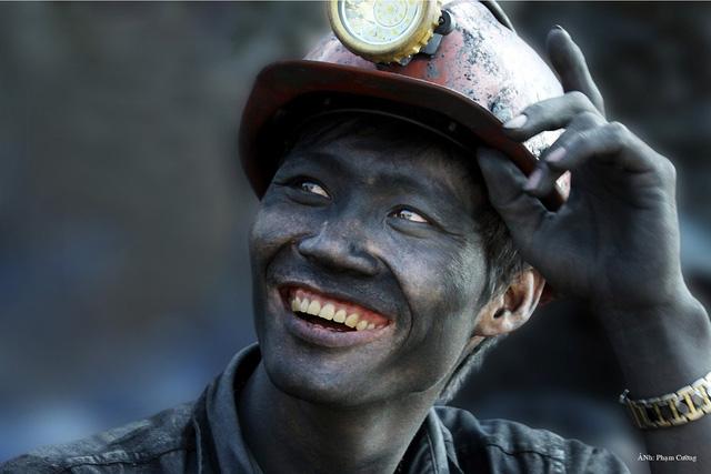 Khoảnh khắc chân thật về cuộc sống của những người thợ mỏ ở Quảng Ninh - Ảnh 7.