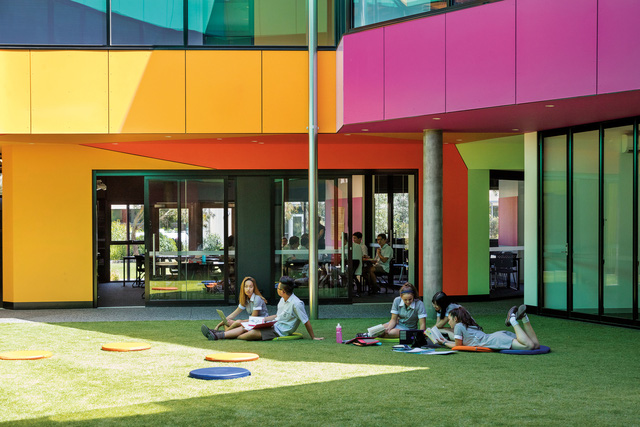 Ấn tượng ngôi trường với không gian ngập tràn sắc màu - Ảnh 10.