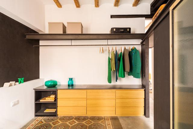 Ngôi nhà 45 m2 ấm áp với sắc màu của gỗ và cây cỏ - Ảnh 6.