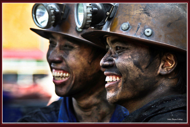 Khoảnh khắc chân thật về cuộc sống của những người thợ mỏ ở Quảng Ninh - Ảnh 8.