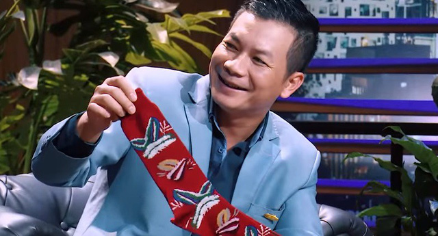 Shark Tank Việt Nam - Tập 7: Các Shark thích thú nhận quà Giáng sinh từ Start-up - Ảnh 3.