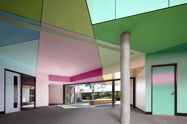 Ấn tượng ngôi trường với không gian ngập tràn sắc màu - Ảnh 5.