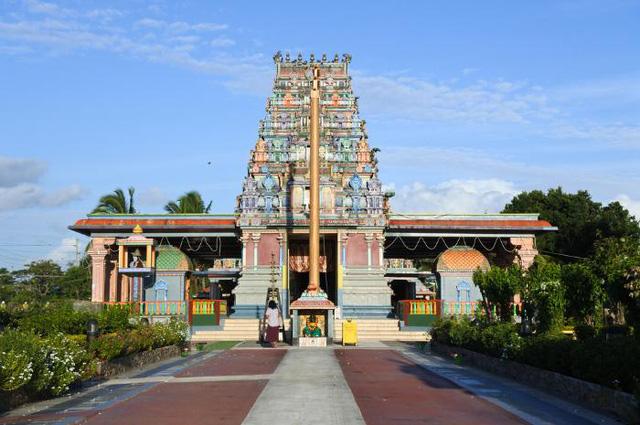 Chiêm ngưỡng những ngôi đền có kiến trúc ấn tượng trên thế giới - ảnh 8