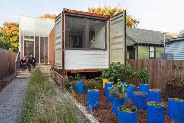 Ấn tượng nhà container có khoảng sân nhỏ - Ảnh 12.