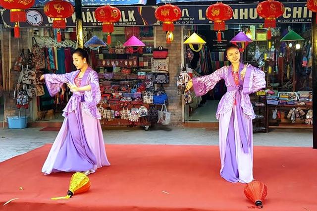 Vạn Phúc: Đẩy mạnh quảng bá du lịch tại làng nghề truyền thống - Ảnh 5.