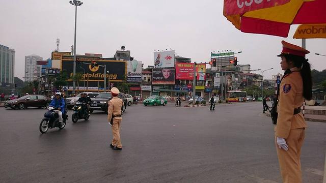 CSGT Hà Nội ra quân đảm bảo thông suốt, an toàn cho người dân quay lại Thủ đô sau kỳ nghỉ Tết - Ảnh 2.