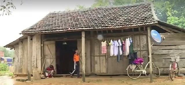 Nghị lực vượt khó của cô học trò nghèo, khuyết tật - Ảnh 1.