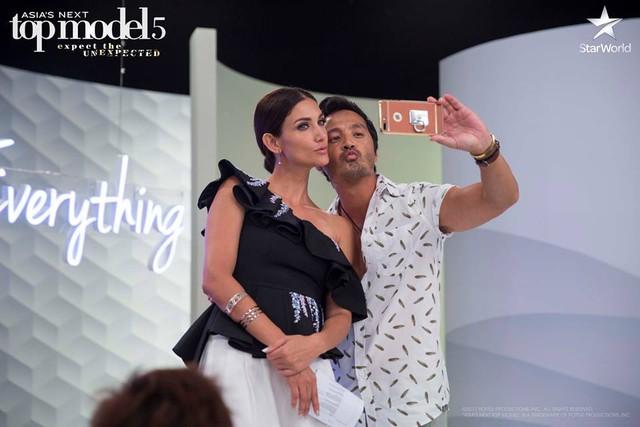 Giám khảo Asias Next Top Model quậy không kém phần thí sinh - Ảnh 10.
