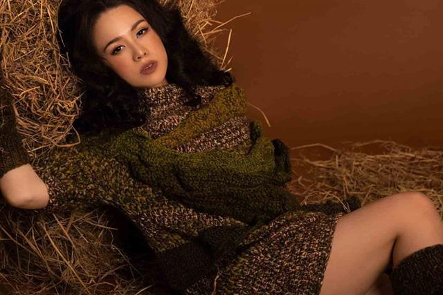 Ca sĩ - diễn viên Nhật Kim Anh lạ lẫm với phong cách du mục - Ảnh 7.