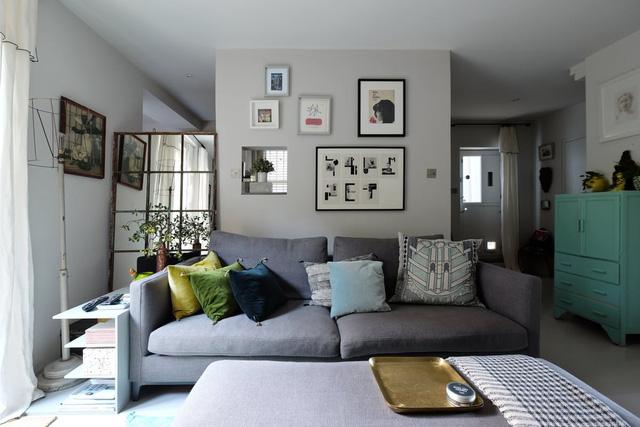 Những điểm nhấn xóa tan nét ảm đạm cho căn hộ màu xám - Ảnh 2.