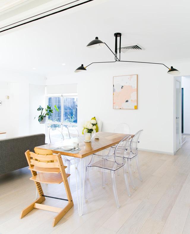 Ngôi nhà của bạn vẫn có thể nổi bật nhờ gam màu nhẹ nhàng, mộc mạc này - Ảnh 7.