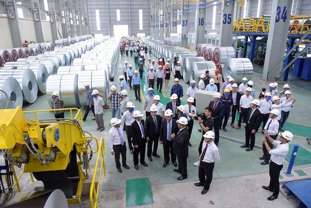 Tập đoàn Hoa Sen khánh thành giai đoạn 1 nhà máy hơn 2.000 tỷ đồng - Ảnh 2.