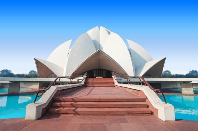 Chiêm ngưỡng những ngôi đền có kiến trúc ấn tượng trên thế giới - ảnh 3