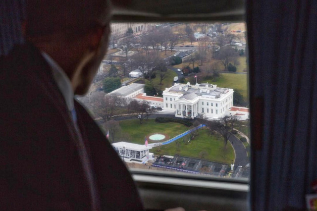 Nhà Obama có thể kiếm hơn 200 triệu USD trong 15 năm tới - Ảnh 1.