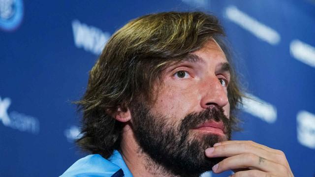 Nhìn lại sự nghiệp của tiền vệ tài hoa Andrea Pirlo - Ảnh 1.