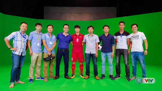 Xuân Trường, Công Phượng, Văn Thanh phô diễn kỹ thuật tại trường quay của VTV - Ảnh 19.