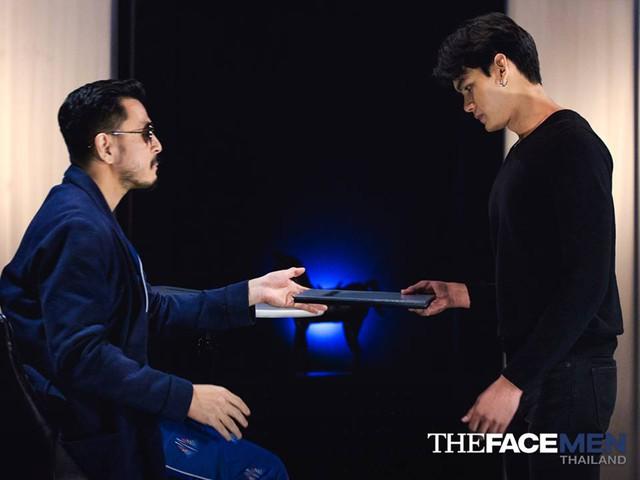 Trai đẹp ở The Face Men thất vọng, khóc nức nở vì bị loại - Ảnh 1.