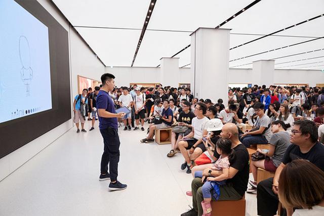 Apple Store tại châu Á nêm chặt người ngày khai trương - Ảnh 1.